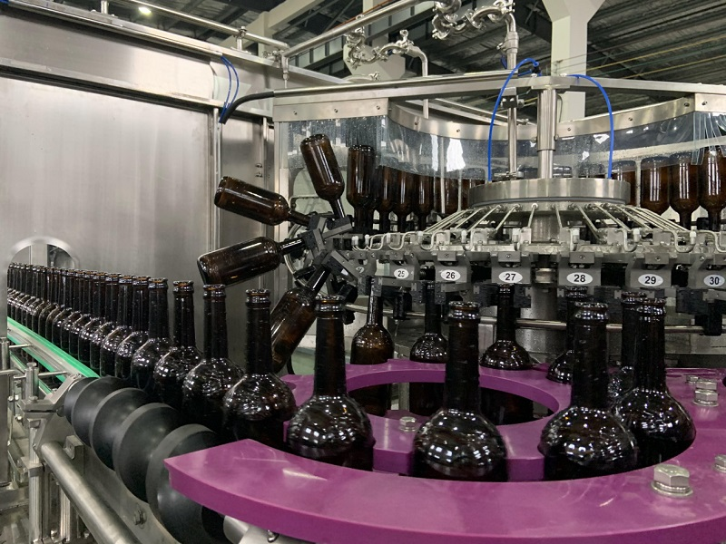 Sunswell 9,000BPH Glass bottled Beer Production Line to Chinese Market