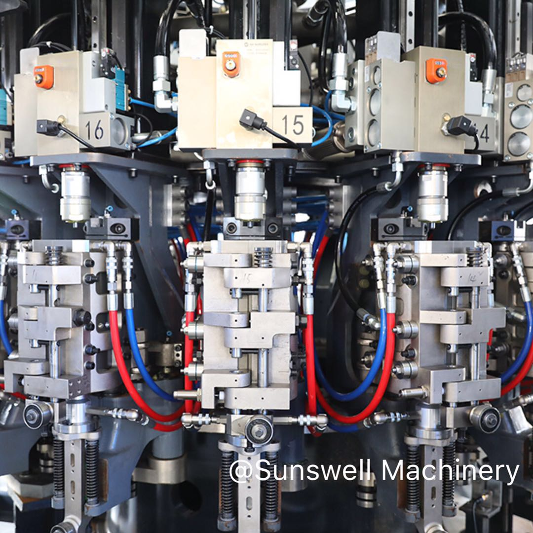 Sunswell Blowing Filling Capping Combiblock Volumetric Filling for Bottled Water 30,000BPH